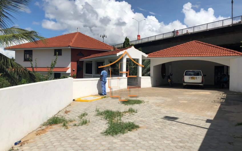 NYALI BRIDGE: 4 BEDROOM HOUSE